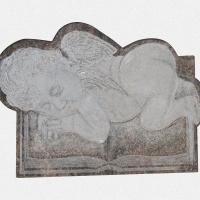 ADPL.11-Lápide em Granito Himalya com Decoração Manual (Anjo)