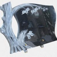 ADPL.18-Lápide com Ramo de Árvore Esculpida