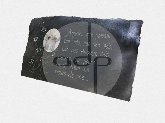 ADPL.31-Lápide em Xisto com Gravação